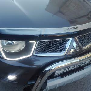 Brown Mitsubishi L200 2015 for sale