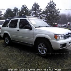 For sale 2004 White Pathfinder