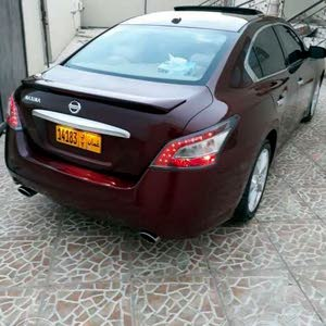Maroon Nissan Maxima 2012 for sale
