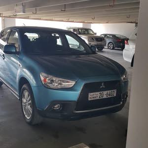 Used condition Mitsubishi ASX 2012 with  km mileage