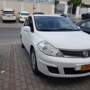 2011 Nissan Tiida full automatic