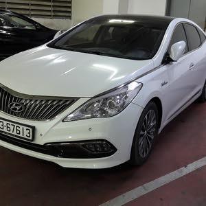 White Hyundai Azera 2014 for sale