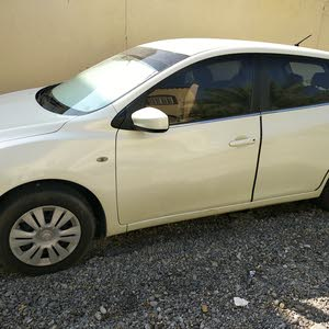 Automatic Nissan 2015 for sale - Used - Nizwa city