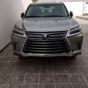 Used condition Lexus LX 2017 with 10,000 - 19,999 km mileage