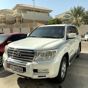 Toyota Land Cruiser 2010 VXR very good