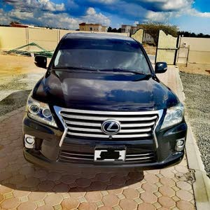 189000 kilometers lexsus 570 2012, top model, GCC Specifications, No problem