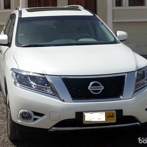 Nissan Pathfinder-2015-4WD-ACCIDENT FREE-78,000 KM Only