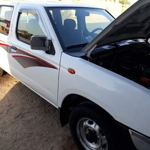 Manual Used Nissan Pickup