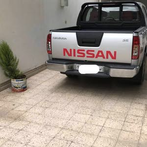 New condition Nissan Navara 2012 with 1 - 9,999 km mileage