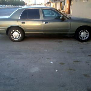 Automatic Ford 2002 for sale - Used - Al Riyadh city