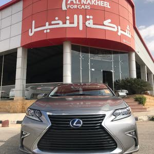 Lexus ES made in 2016 for sale