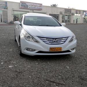 Automatic Hyundai 2014 for sale - Used - Sohar city