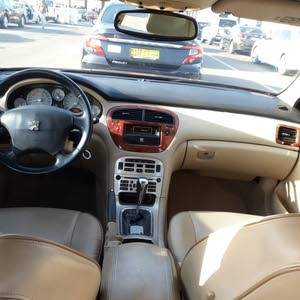 سيارة بوجوت 2006