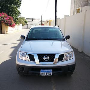 Nissan Navara 2014 For sale - Silver color