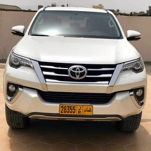 Toyota Fortuner 2017 For sale - White color