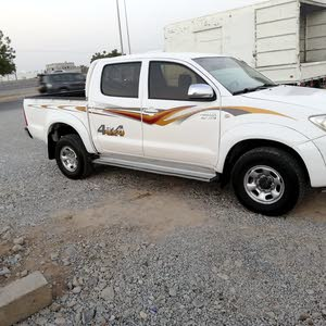 For sale 2009 White Hilux