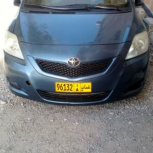 Toyota Yaris 2013 For sale - Blue color