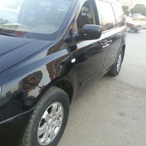 سيارة كيا كرنفال 2008  للبيع