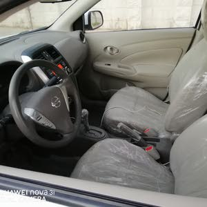 White Nissan Sunny 2016 for sale