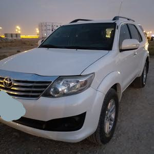 Automatic Toyota 2012 for sale - Used - Salala city