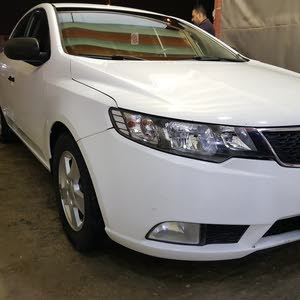 Kia Cerato 2011 For sale - White color