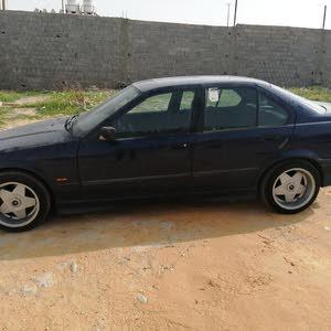 BMW 320 1999 For sale - Blue color