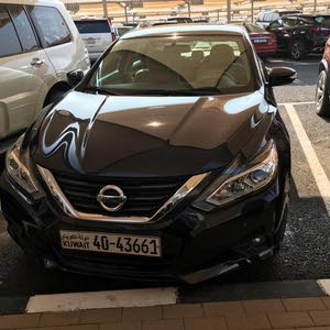 Used condition Nissan Altima 2017 with 10,000 - 19,999 km mileage