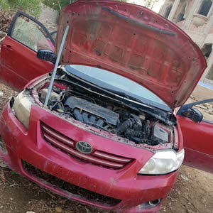 Used condition Toyota Corolla 2008 with +200,000 km mileage