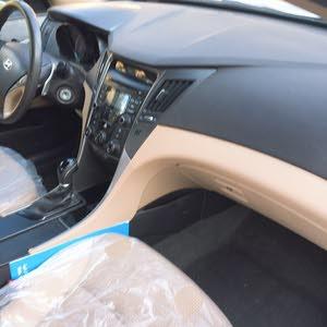 Used condition Hyundai Sonata 2013 with  km mileage