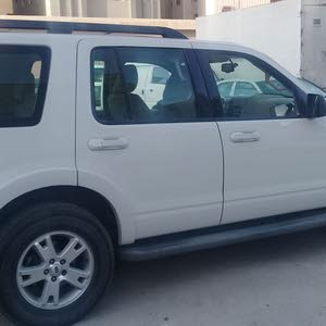 Used condition Ford Explorer 2010 with +200,000 km mileage