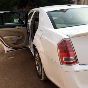 Automatic Chrysler 2011 for sale - Used - Basra city