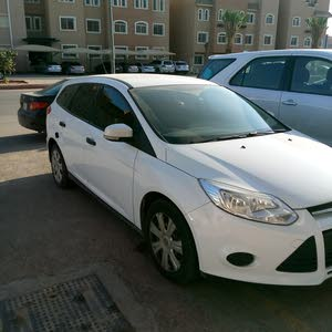 Automatic Ford 2013 for sale - Used - Al Riyadh city