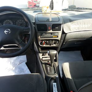 Nissan sunny 2004 for  Sale