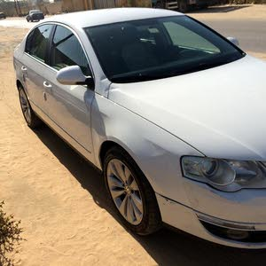 Automatic White Volkswagen 2008 for sale