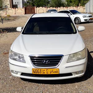 Used condition Hyundai Sonata 2009 with +200,000 km mileage