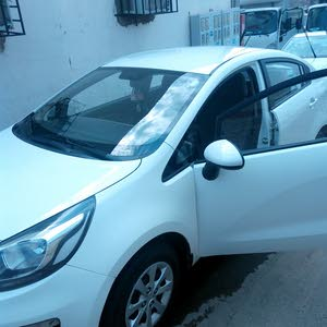 Kia Rio car for sale 2016 in Al Madinah city