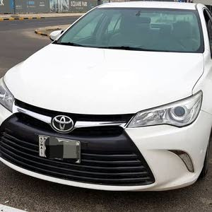 70,000 - 79,999 km Toyota Camry 2016 for sale