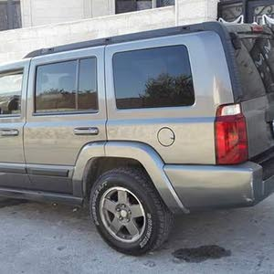 Grey Jeep Commander 2007 for sale