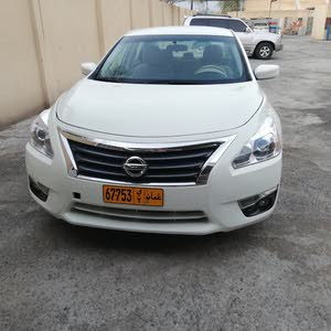 For sale 2015 White Altima