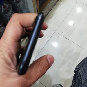 Used Apple iPhone 7 32 GB Mobiles Prices & Specs in Kuwait 2019