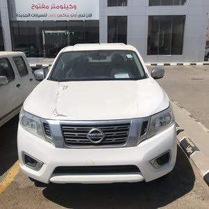 For sale 2016 White Navara