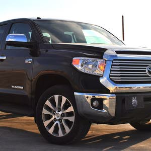 Used condition Toyota Tundra 2017 with  km mileage