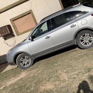 Automatic Silver Hyundai 2009 for sale