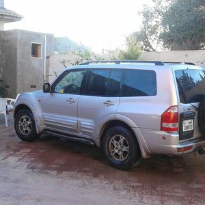 Available for sale! 180,000 - 189,999 km mileage Mitsubishi Pajero 2002
