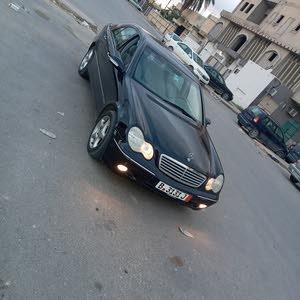 مرسيدس c200