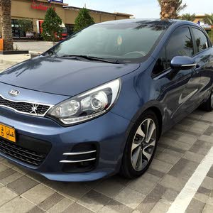 Kia Rio car for sale 2016 in Al Masn'a city