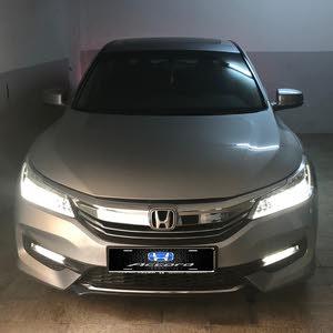 1 - 9,999 km Honda Accord 2017 for sale