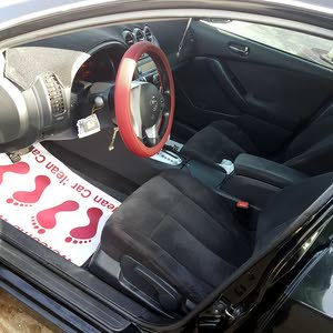 Black Nissan Altima 2009 for sale