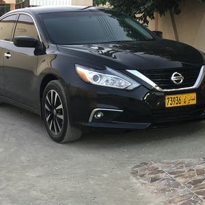 For sale 2016 Black Altima