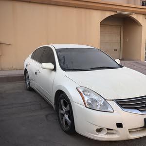 For sale 2010 White Altima